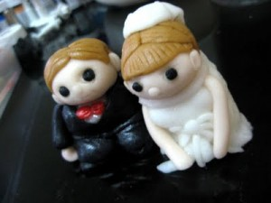 wedding-cake-topper-bride-groom-2
